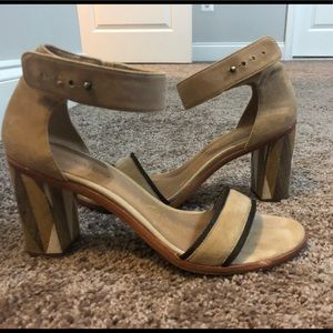 Bernardo block heel